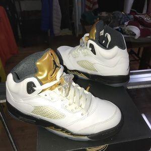 Air Jordan Championship 5's